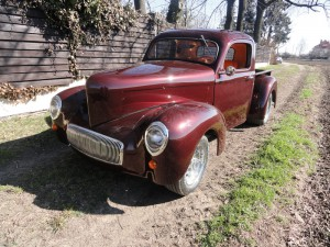 Willys 41 Pickup-25